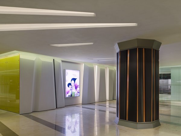 Elena Galli Giallini and Spawton Architecture complete the architectural interior design of Sino Ocean Taikoo Li Chengdu retail arcade
